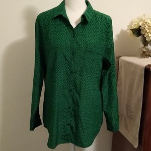 Size M Liz Claiborne green and black dot shirt